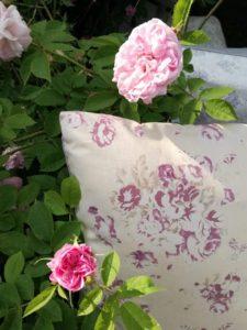 lacasadilalla collezione 2018 cuscini e rose
